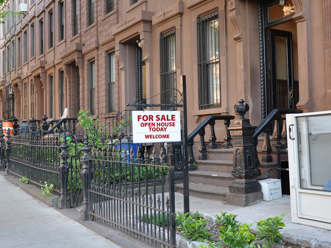 New York S Real Estate Business Is Essential But Showings Must Be Virtual Curbed Ny