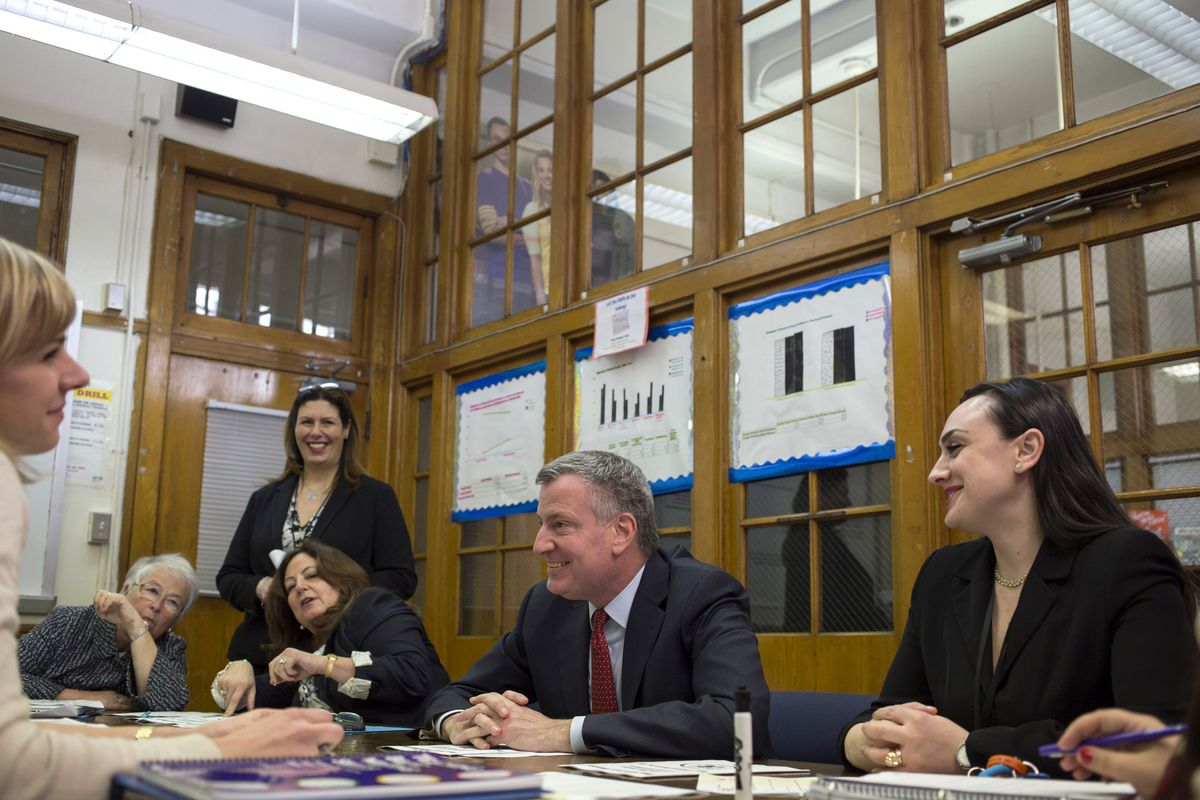 Mayor Bill de Blasio with students and faculty at Automotive High School in Brooklyn. (Ed Reed/Mayoral Photography Office)