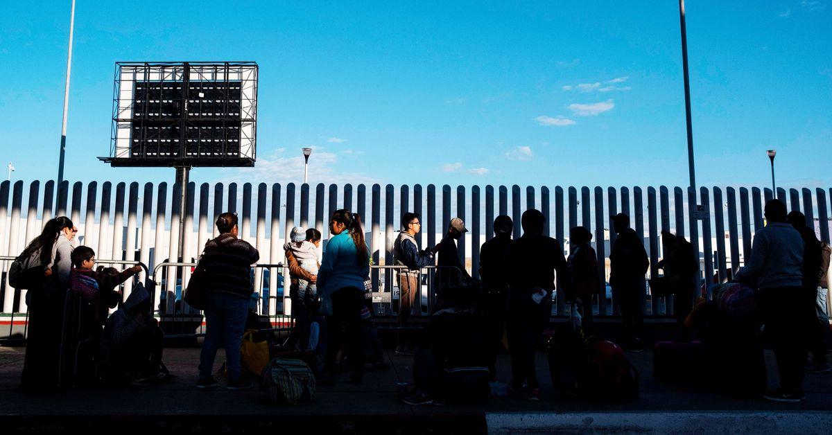 Trump Sends Asylum Seekers Back To Mexico In The Coronavirus Pandemic Vox