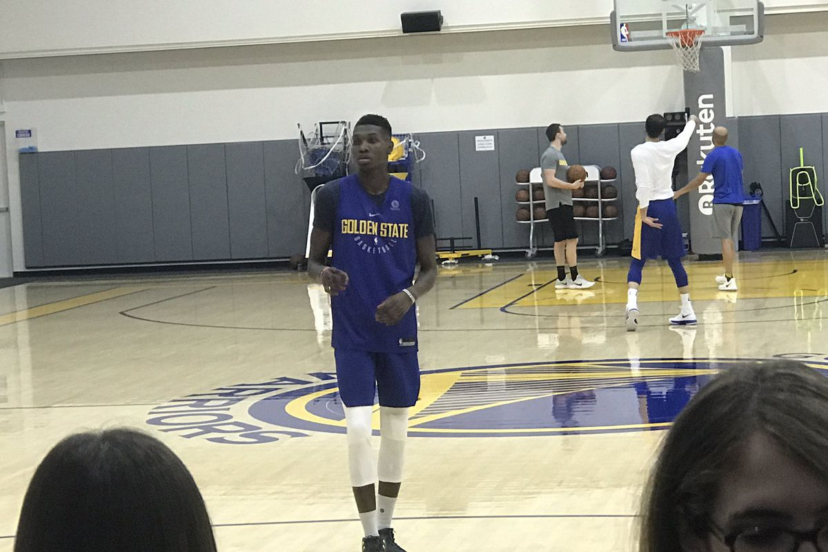 new york 10a79 c992c Chris Boucher will be on the Warriors' active roster tonight ...