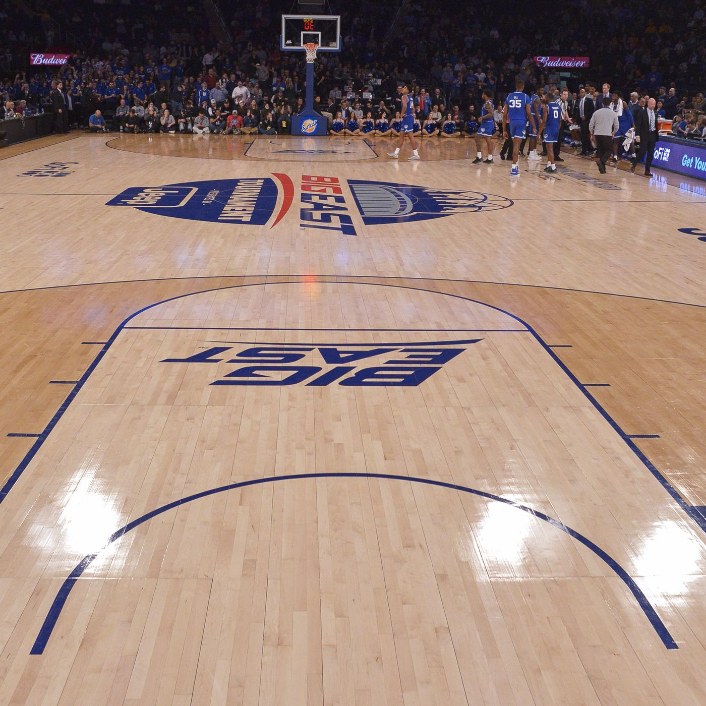 Offseason Idea What If We Changed The Basketball Court Anonymous Eagle