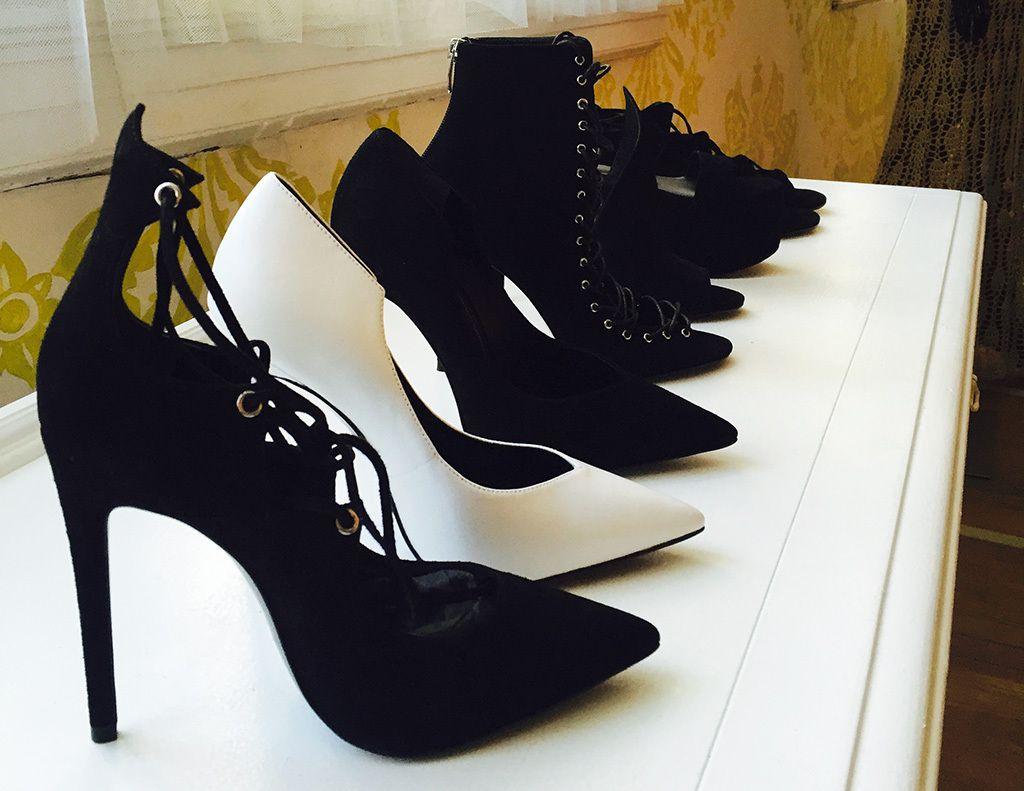 kendall-kylie-jenner-shoes-footwear-news_2015_07.jpg