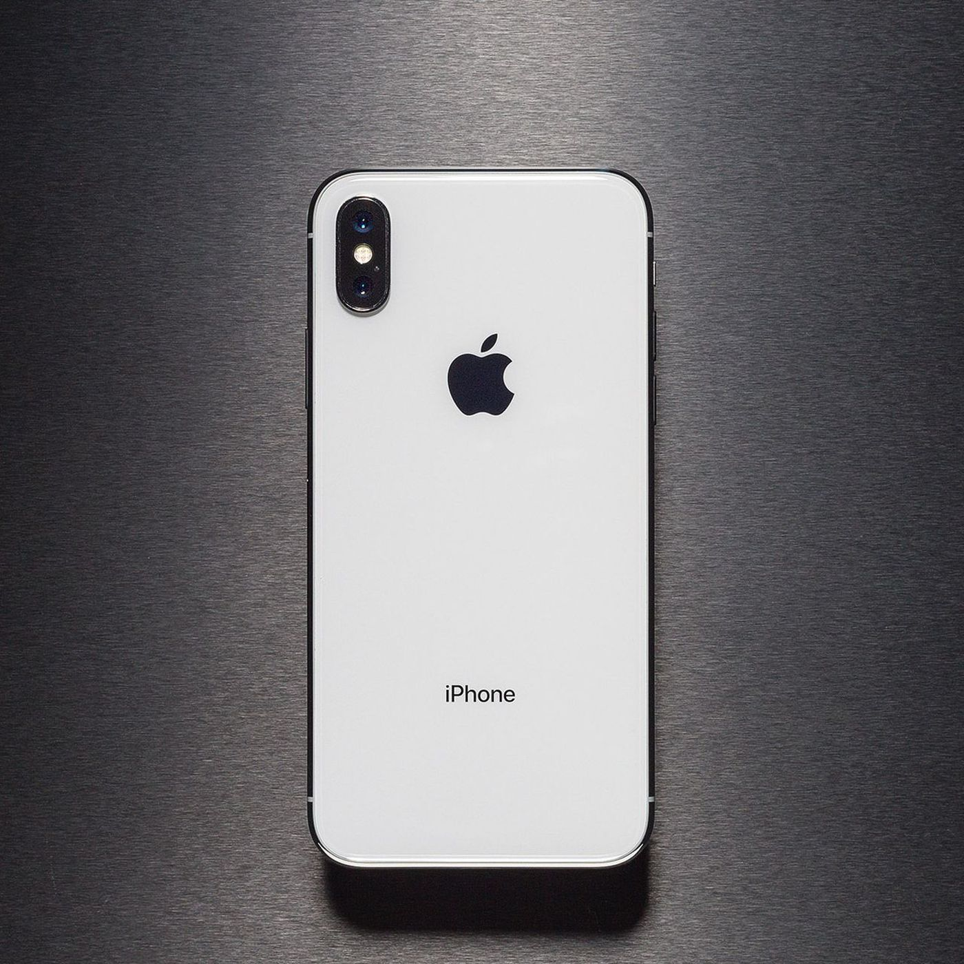 New 6 5 Inch Iphone X Model Reportedly Called The Xs Max Verge