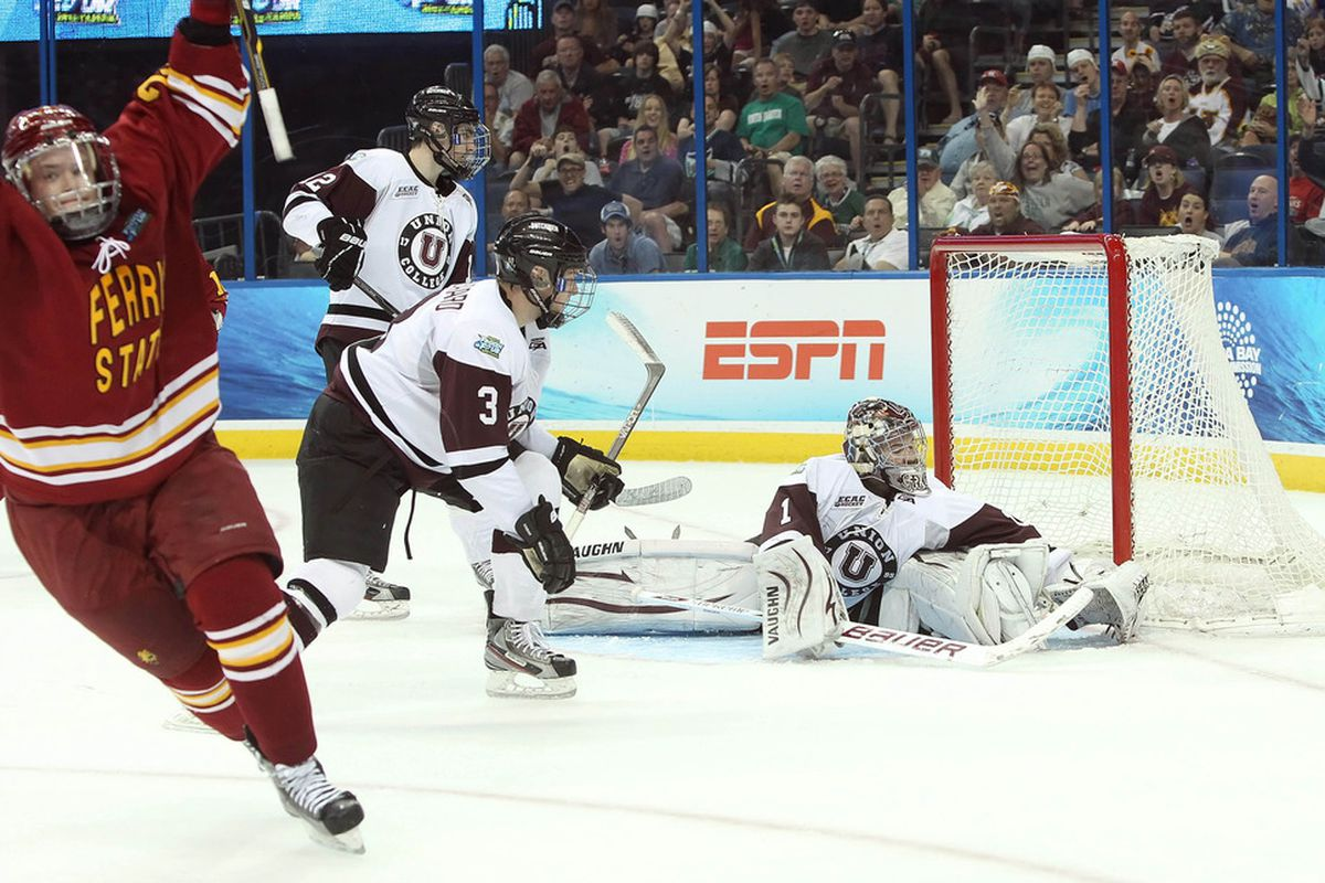 Union goaltender Troy Grosenick hopes to lead his team back to the Frozen Four