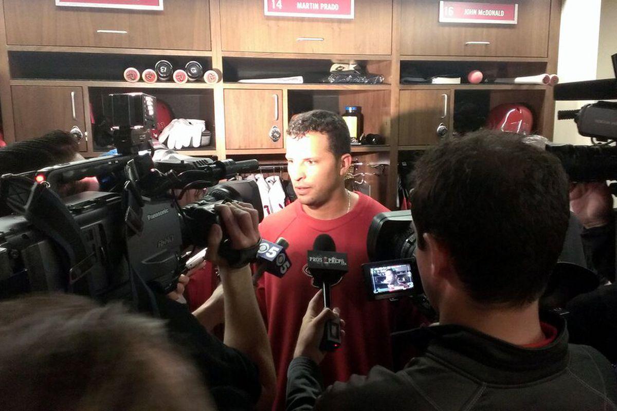 """Big crowd of media around #Dbacks Martin Prado's locker"""