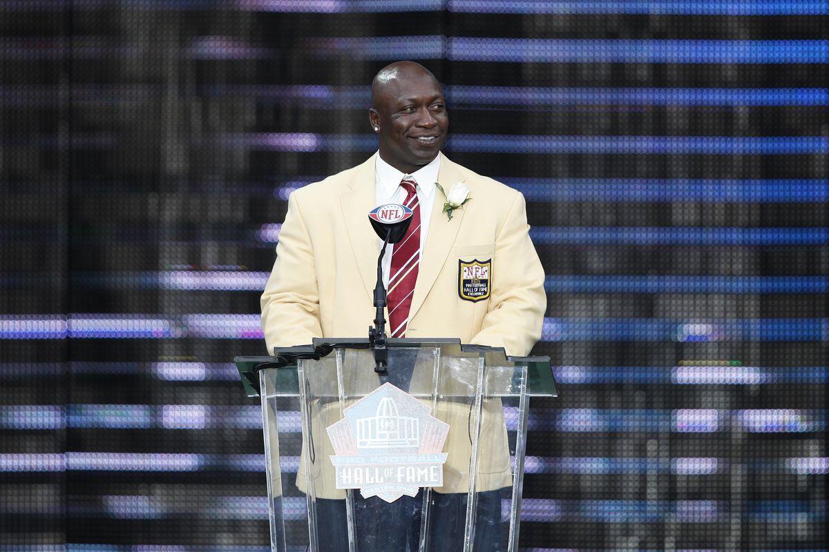2010 Pro Football Hall of Fame Enshrinement Ceremony