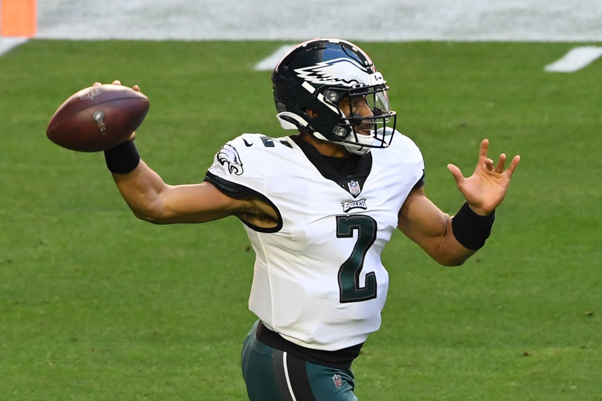Jalen Hurts #2 of the Philadelphia Eagles throws the ball during a game against the Arizona Cardinals at State Farm Stadium on December 20, 2020 in Glendale, Arizona.