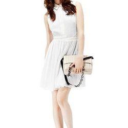 "<a href=""http://www.reissonline.com/us/shop/womens/womens_sale/dresses/hetty/white/"">Hetty</a>, $135 (was $300)"