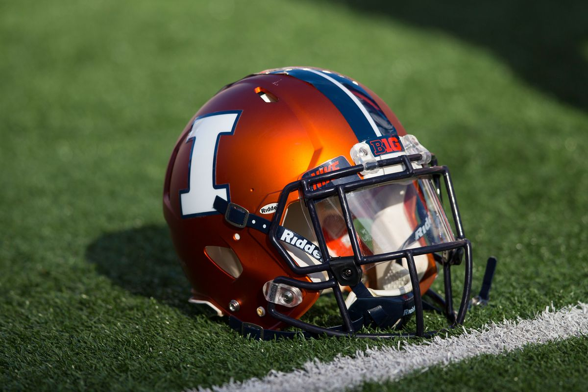 Illinois players facing burglary charges now off team