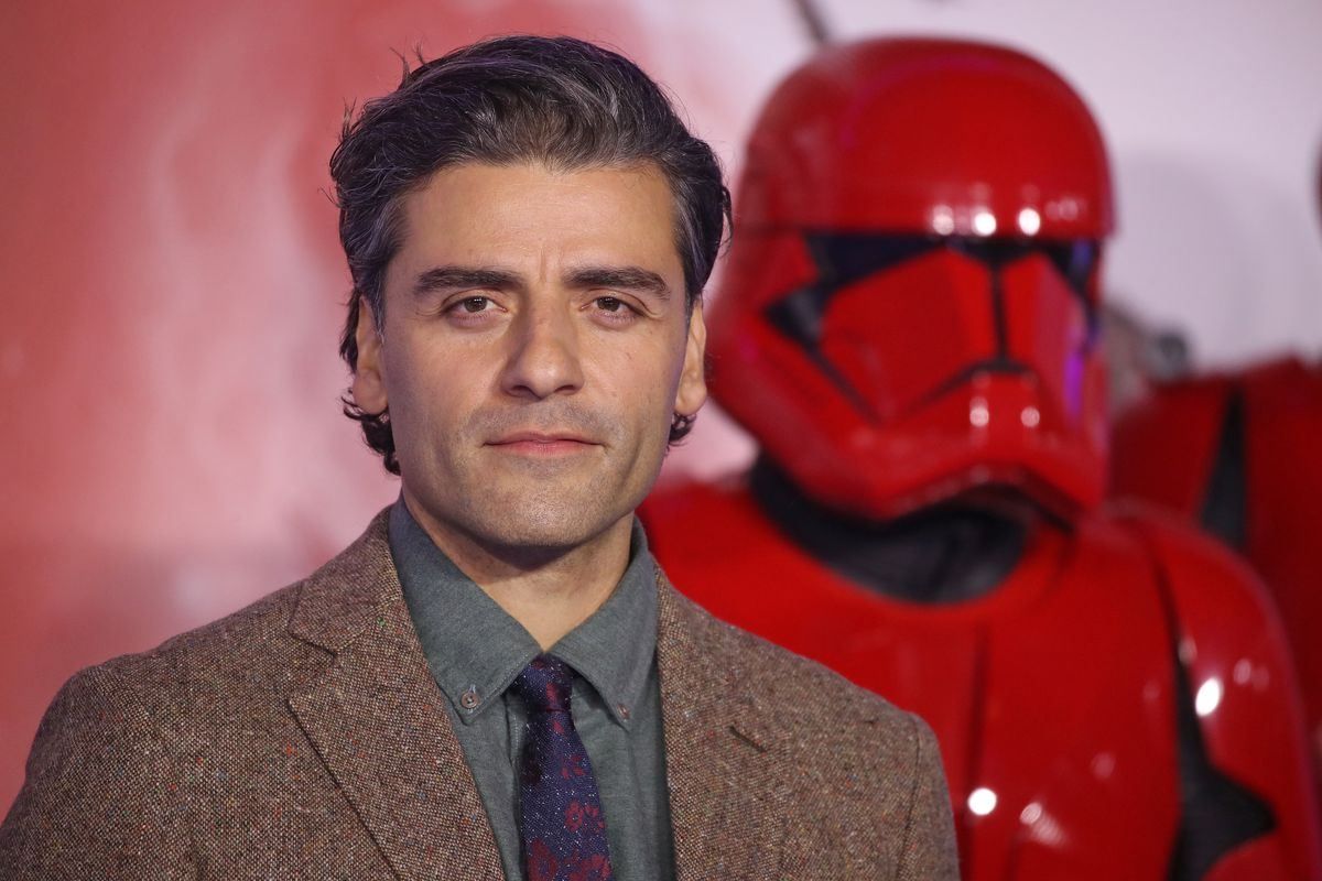 """Oscar Isaac attends """"Star Wars: The Rise of Skywalker"""" European Premiere at Cineworld Leicester Square"""