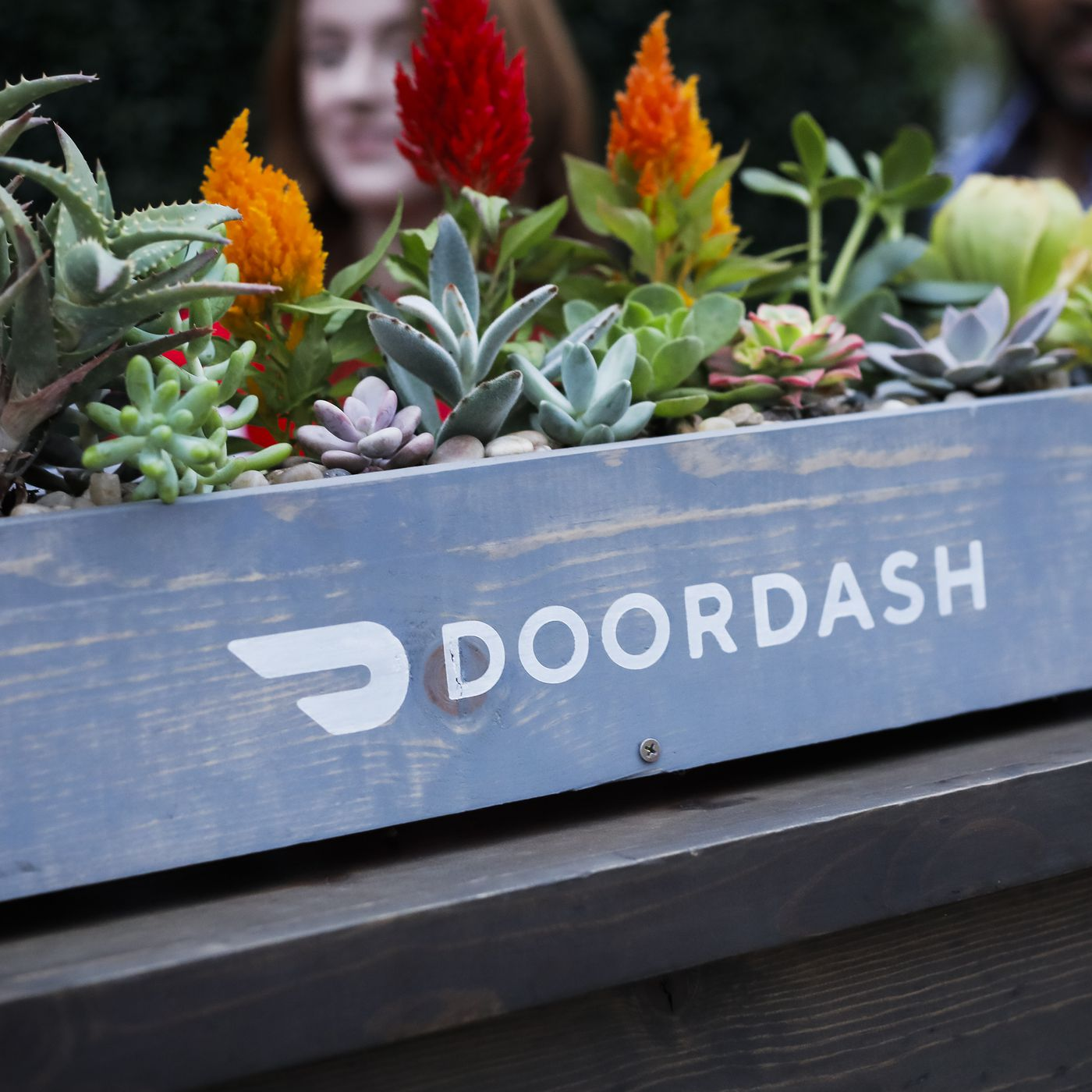 Round Table Late Delivery Policy.Pressure Is Mounting On Food Delivery App Doordash To Change Its