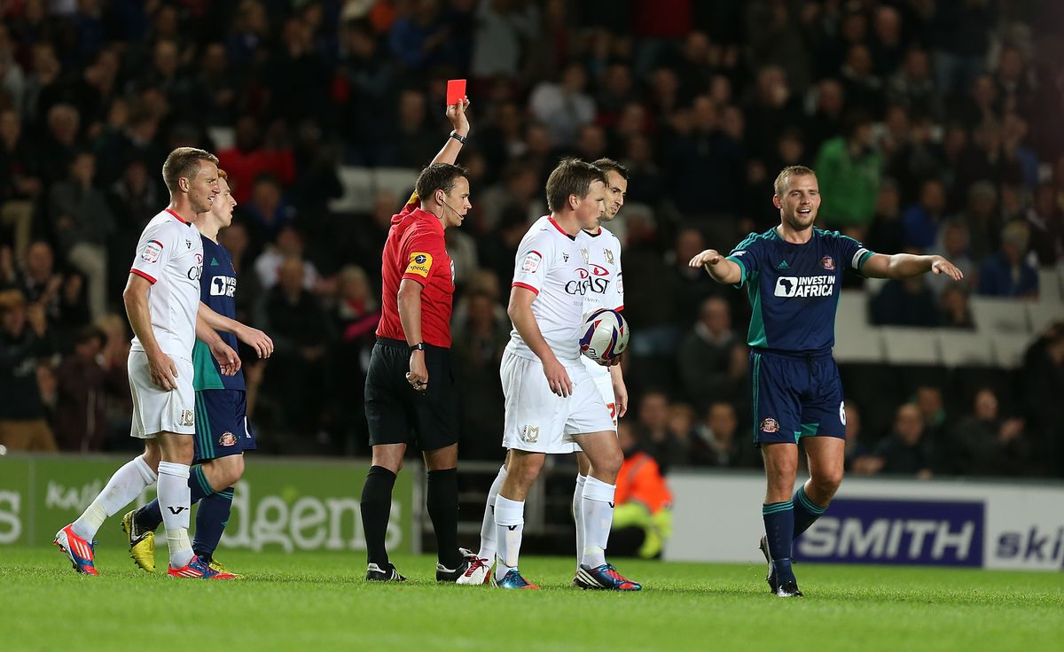 MK Dons v Sunderland - Capital One Cup 3rd Round