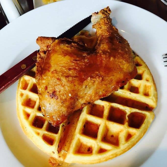 darryl's corner bar fried chicken