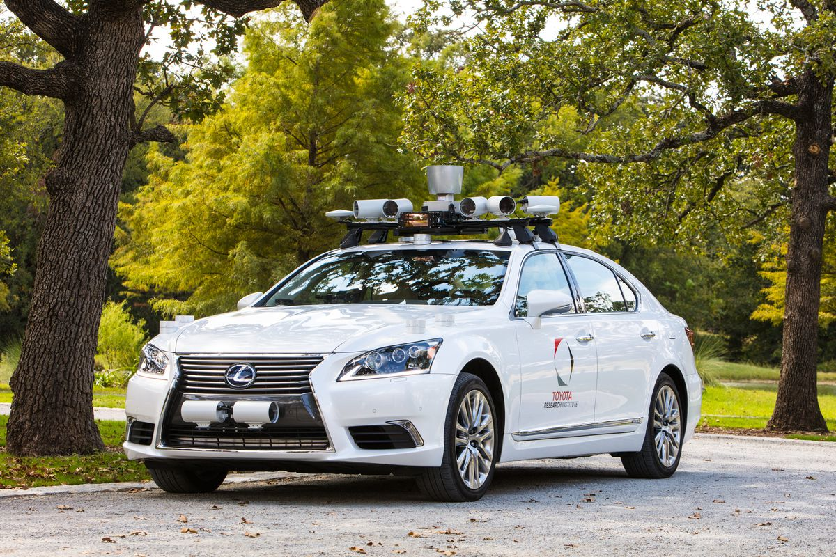 Toyotas New Self Driving Car Has Two Steering Wheels To Prevent Toyota Wheel The Second Which Kuffner Called A Unique Dual Cockpit Configuration Was Included Allow Trained Safety Operator Take Over During