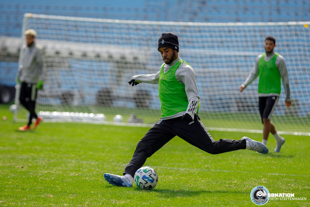 March 10, 2020 - Saint Paul, Minnesota, United States - Minnesota United midfielder Raheem Edwards passes the ball during the Loon's first team practice at Allianz Field.