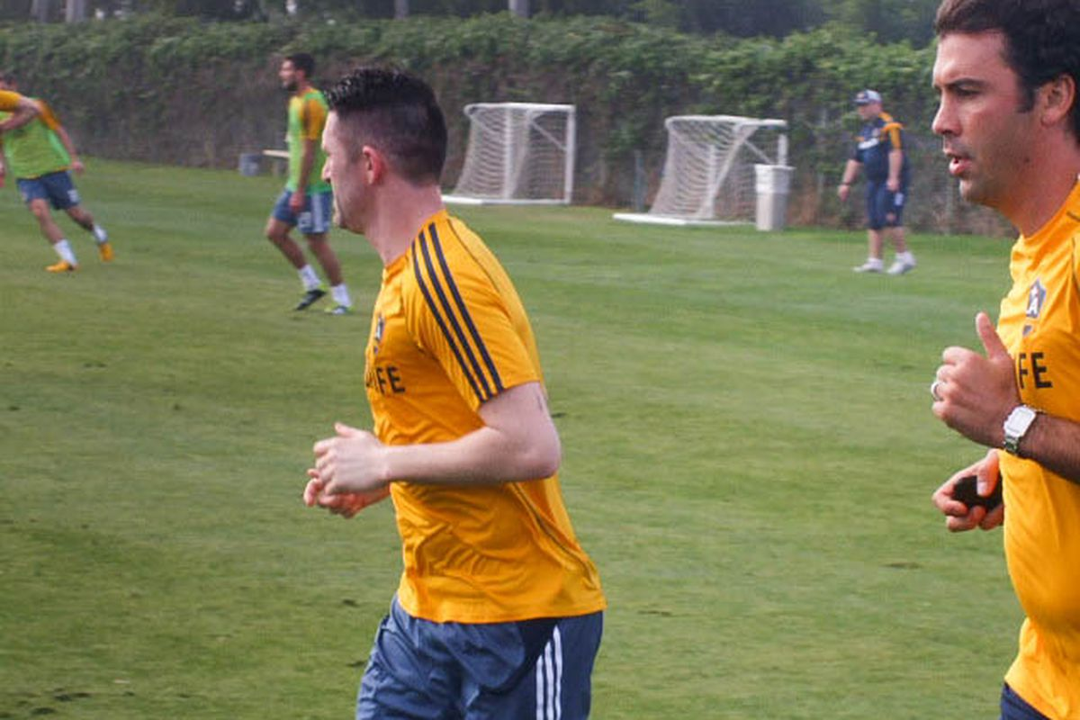 Robbie Keane runs laps at LA Galaxy practice, still recovering from double achilles surgery in November