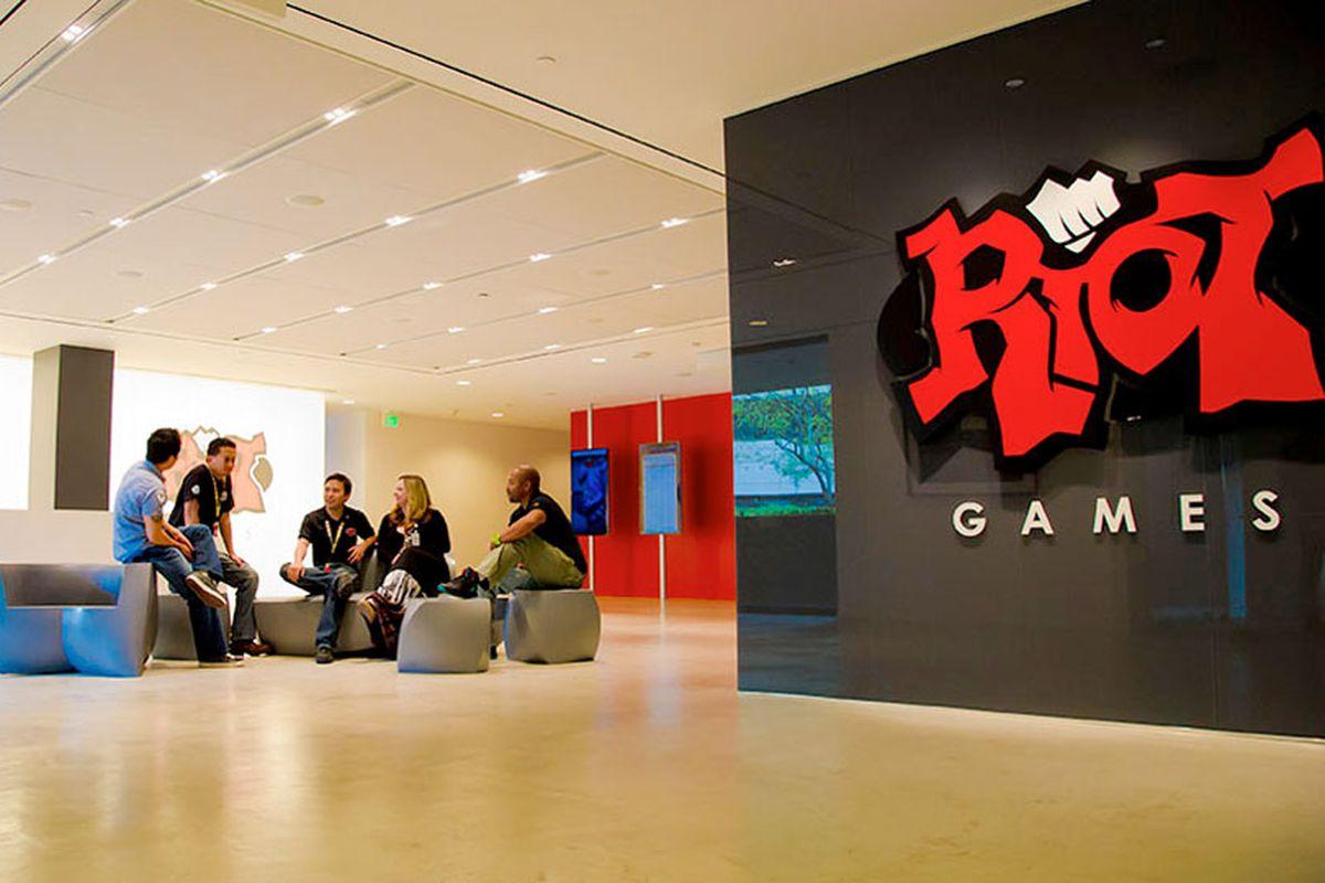 Riot Gaming