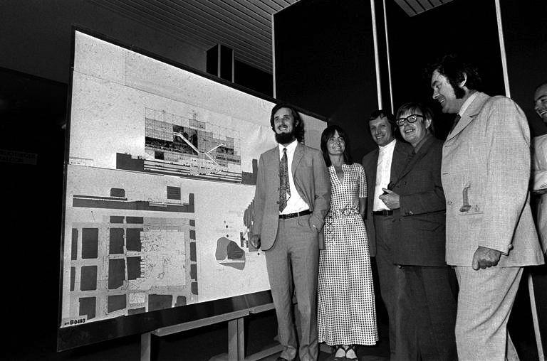 Renzo Piano, Su Rogers, Richard Rogers, Ted Happold, and Peter Rice