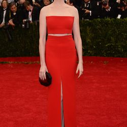 Anne Hathaway at the Met Gala in 2014.