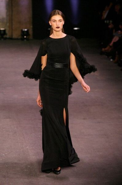 Christian Siriano S Woman Is A Vamp She S A Vixen Not A