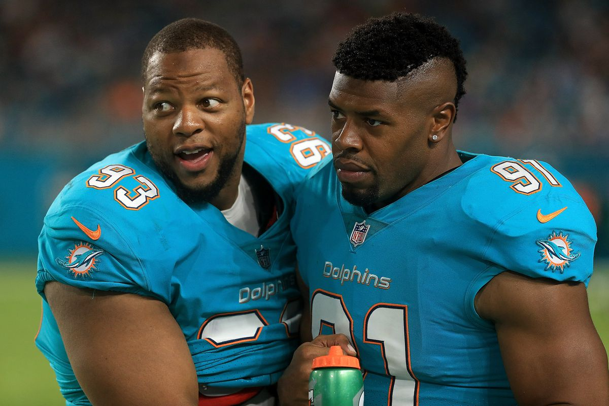 Cameron wake ndamukong suh discuss defensive improvements the photo by mike ehrmanngetty images voltagebd Images