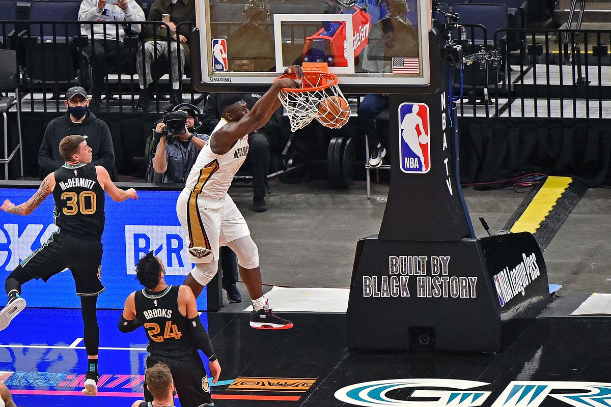 Zion Williamson of the New Orleans Pelicans dunks during the first half against the Memphis Grizzlies at FedExForum on February 16, 2021 in Memphis, Tennessee.