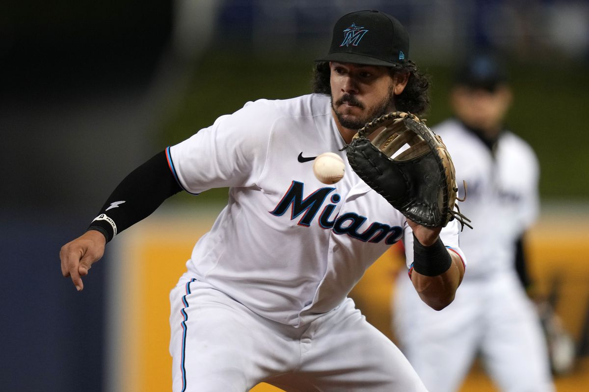Miami Marlins first baseman Jorge Alfaro (38) fields the ball before getting Atlanta Braves second baseman Ozzie Albies (not pictured) out at first base in the 3rd inning at loanDepot park