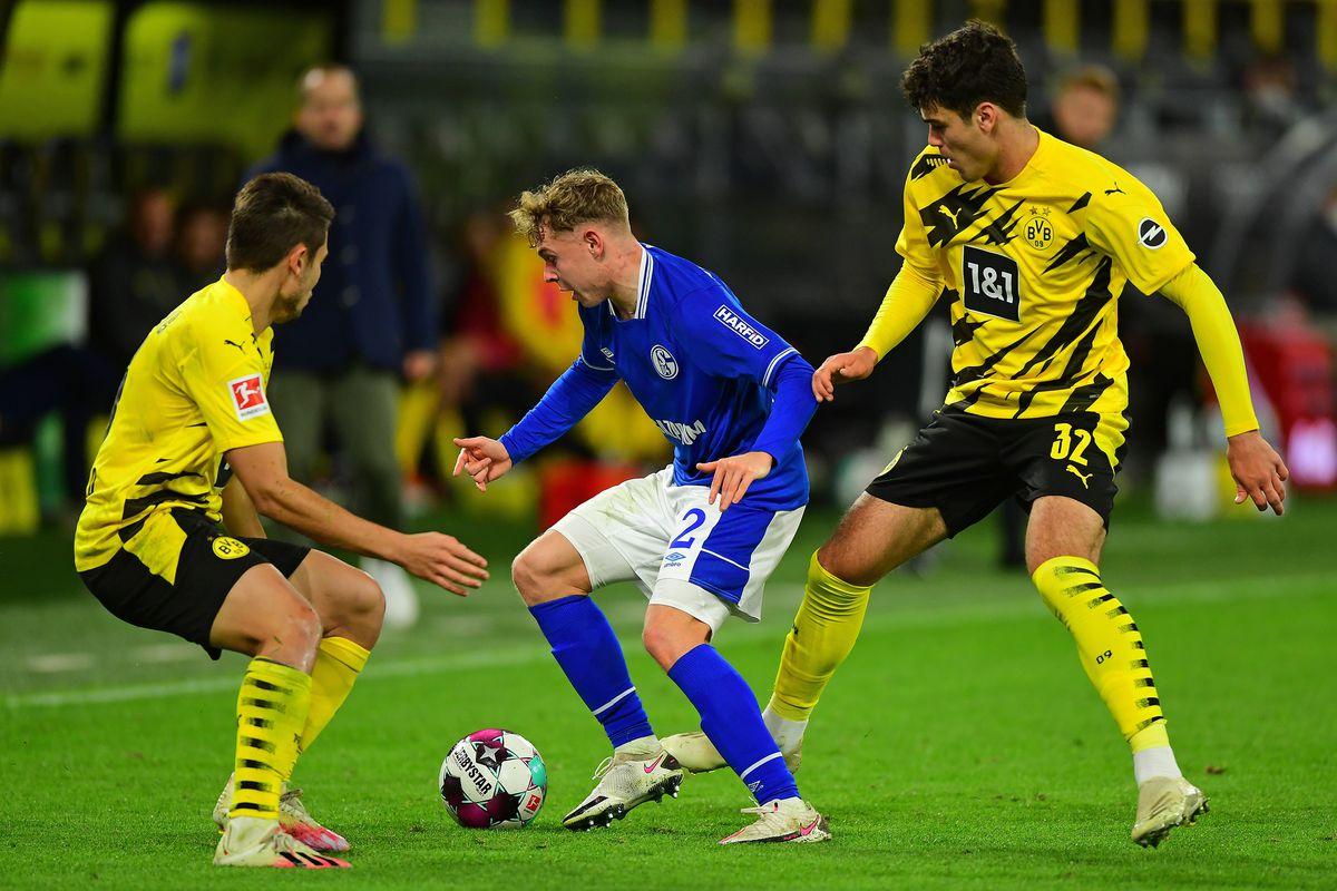 (SP)GERMANY-DORTMUND-FOOTBALL-BUNDESLIGA-DORTMUND VS SCHALKE 04