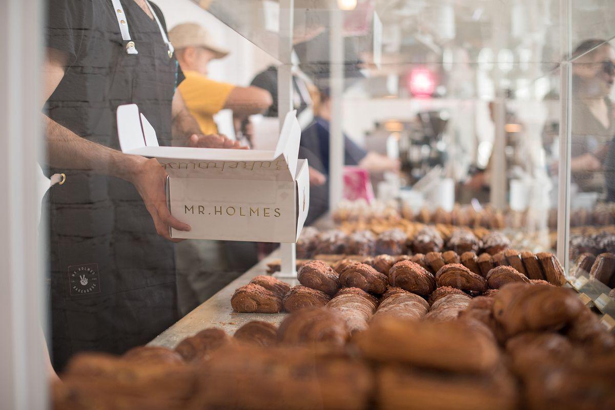 Mr. Holmes Bakehouse Scenes 19