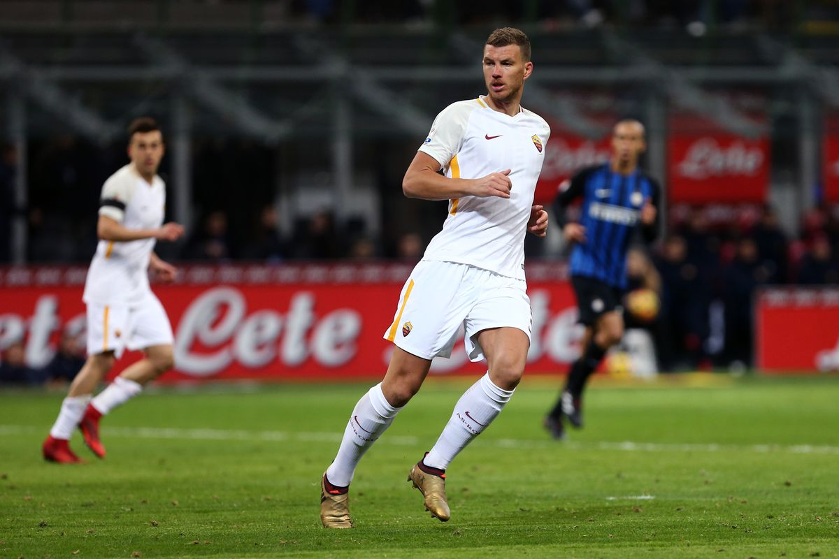 Edin Dzeko of As Roma    during the Serie A football match...