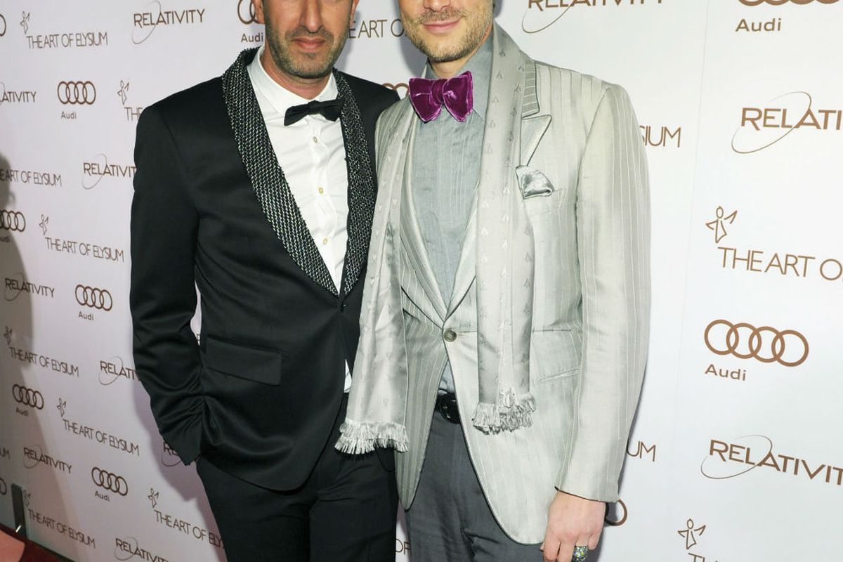 Cameron and Christos on the red carpet. Image via Getty.