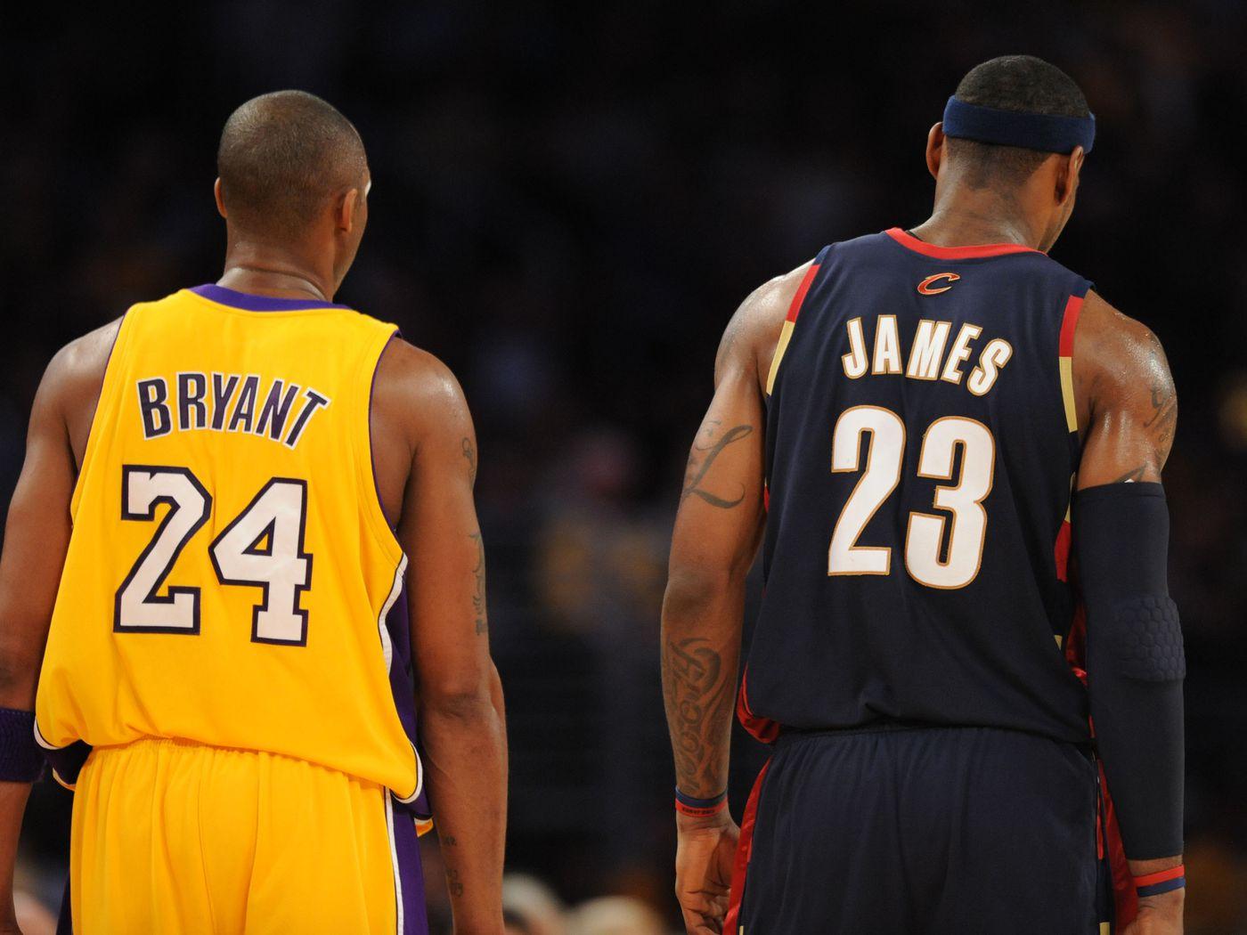 Lakers Shaq Says Kobe Bryant Belongs In Goat Debate With Michael Jordan Lebron James Silver Screen And Roll