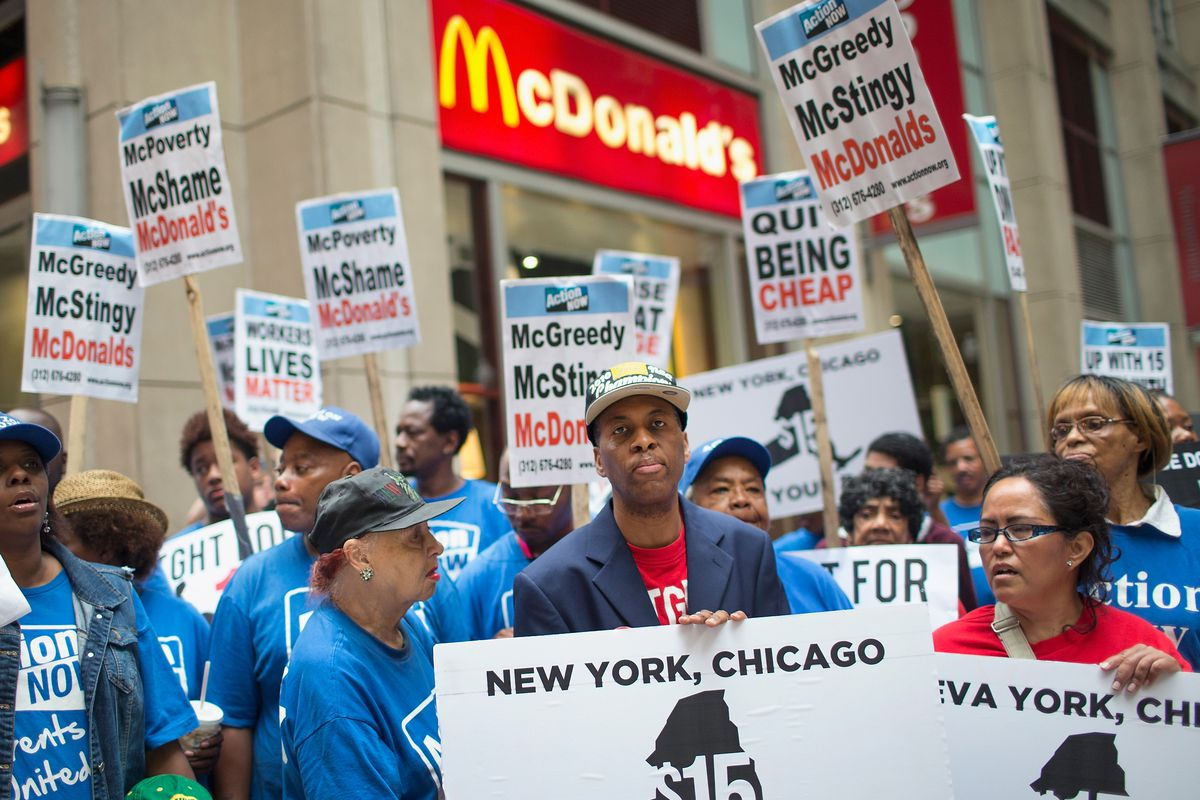 New York Wage Board Approves $15 Minimum for Fast Food Workers ...
