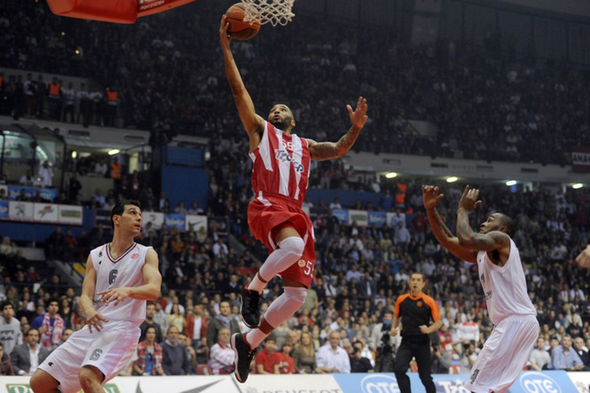 Acie Law injured his right ankle on Friday at the Turkish Airlines Euroleague Final Four as Olympiacos defeated FC Barcelona Regal to advance to Sunday's final against CSKA Moscow. But will Law be healthy enough to compete for a championship?