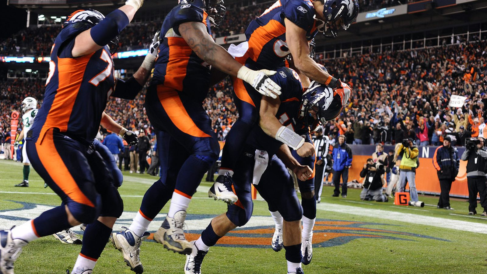 Denver Broncos San Diego Chargers Seize The Moment
