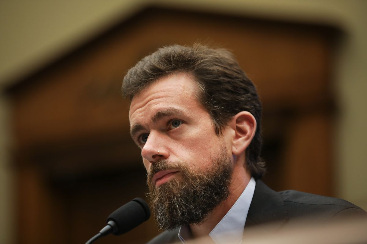 Twitter board backs chief Jack Dorsey after ouster bid