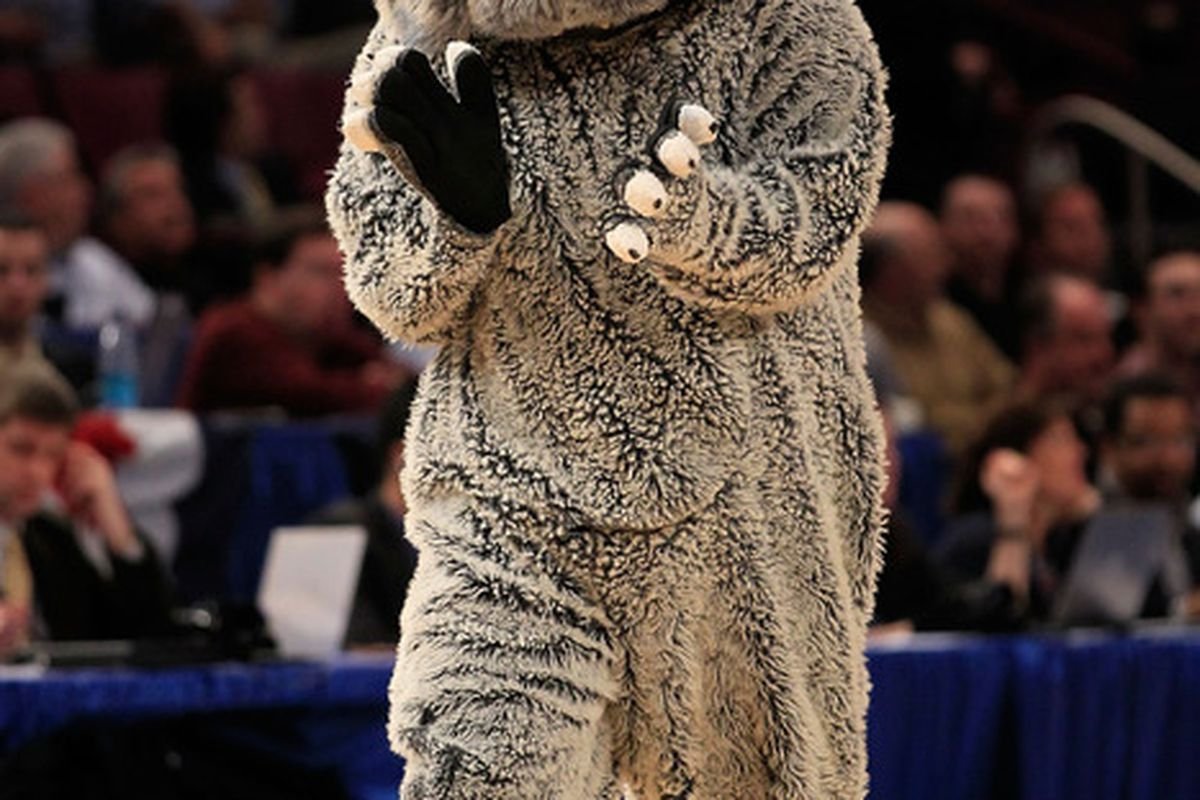 Casual Beanie on Mascot Award: Jack the Bulldog.  (Photo by Chris Trotman/Getty Images)