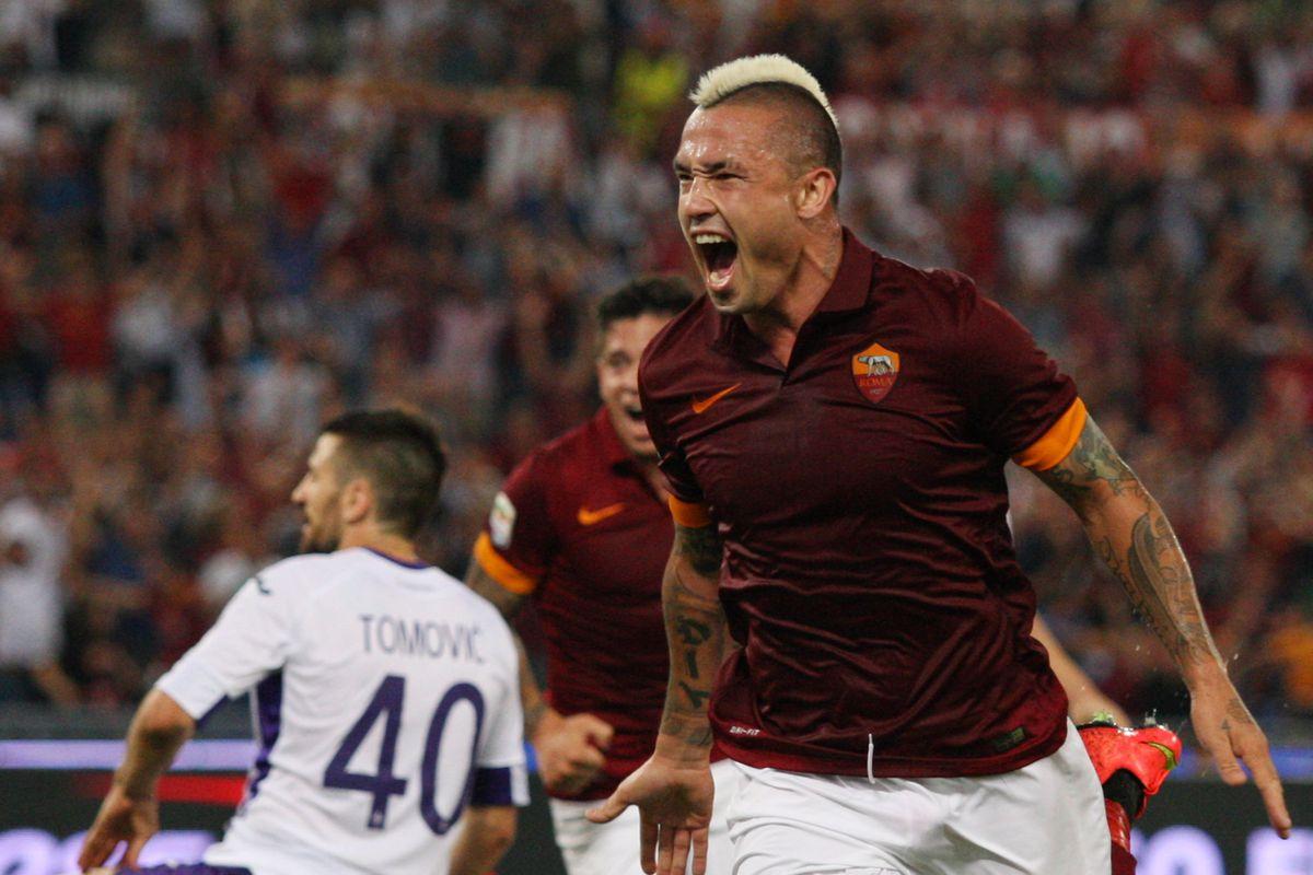 Radja Nainggolan Leads Roma to 2 0 Victory Over Fiorentina