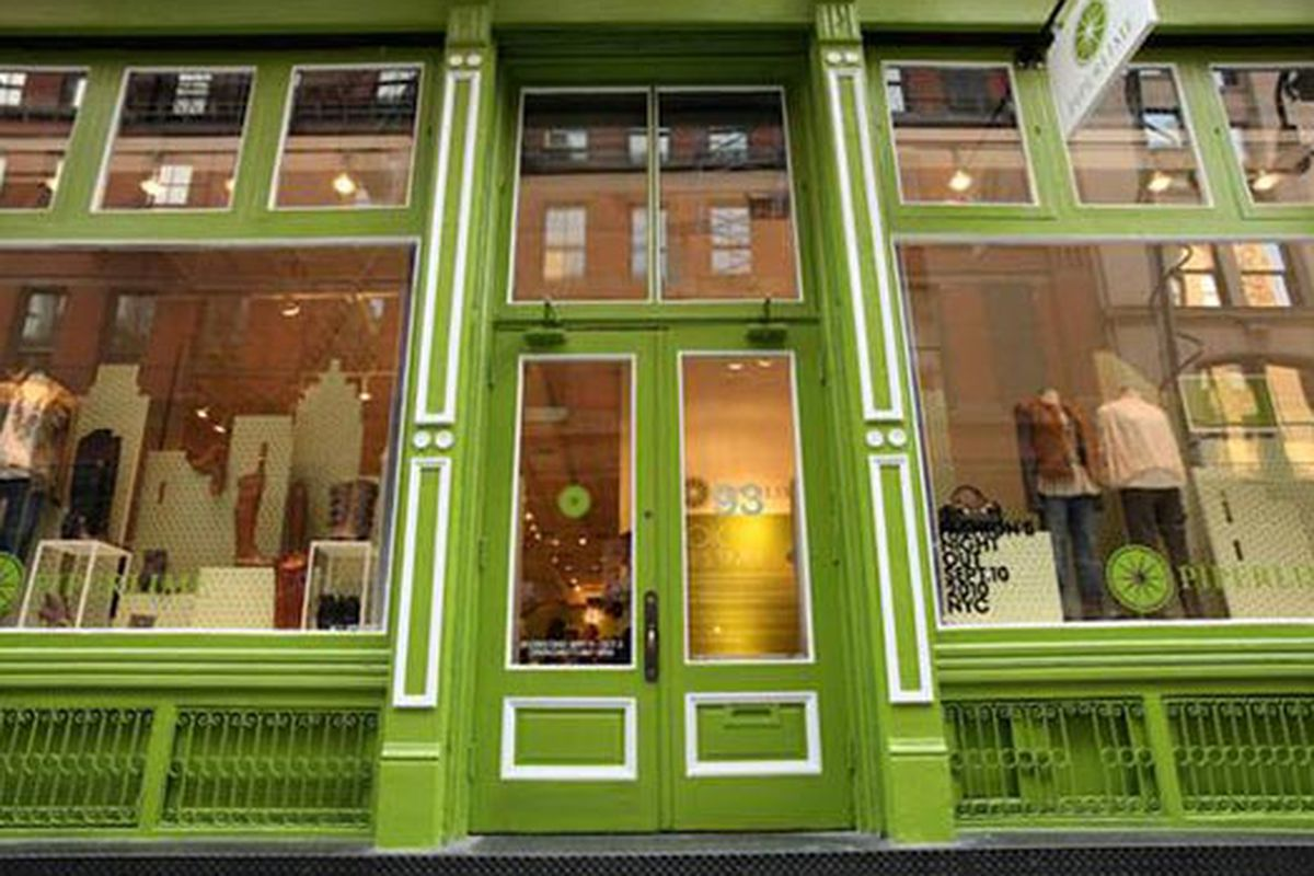 """Photo via <a href=""""http://therealdeal.com/blog/2012/05/09/piperlime-opens-first-permanent-retail-store-in-soho/"""">The Real Deal</a>"""
