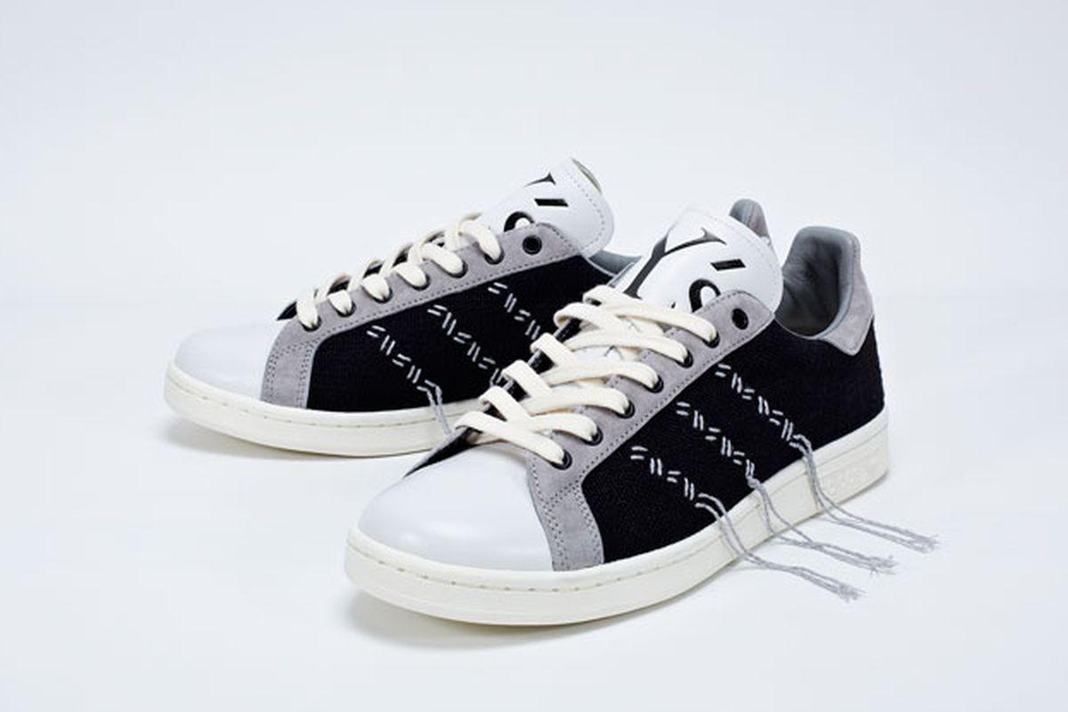 "Yohji Yamamoto for Adidas. Image <a href=""http://nitrolicious.com/2014/03/13/ys-yohji-yamamoto-x-adidas-originals-stan-smith/"">via</a>."