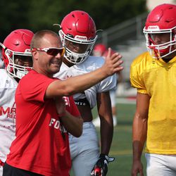 Marist coach Ron Dawczak explains a drill. Allen Cunningham/For the Sun-Times.