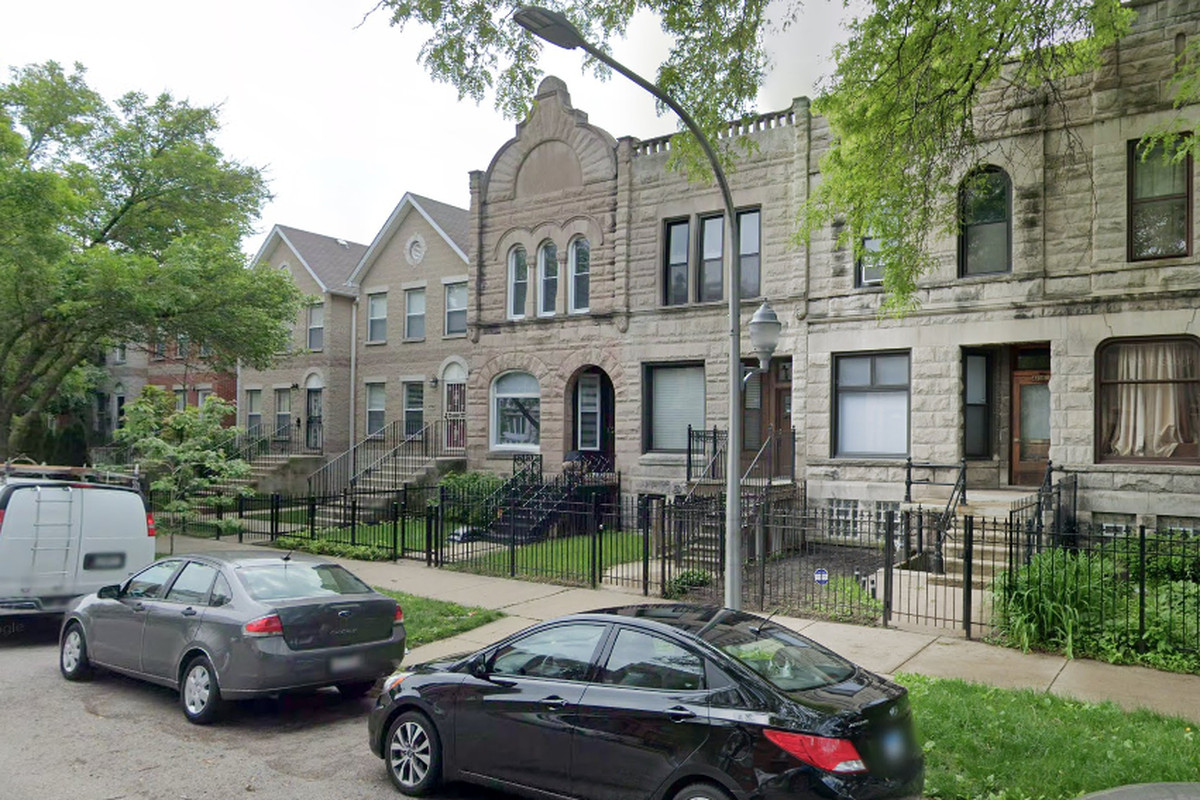 A man was shot to death March 1, 2020, in the 4700 block of South Evans Avenue in Bronzeville.