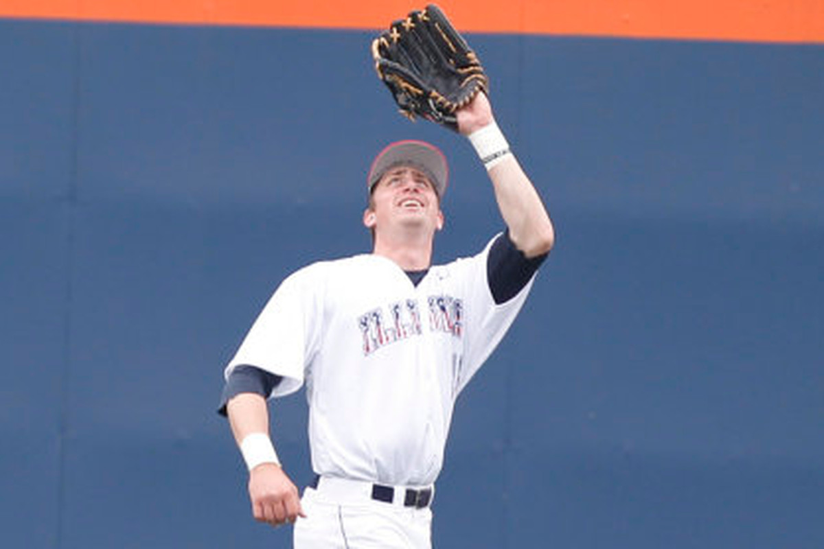 Illinois outfielder Justin Parr