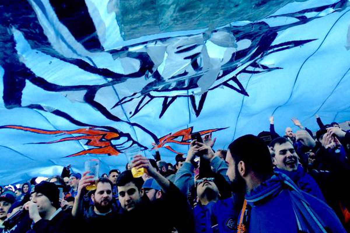 Under the tifo