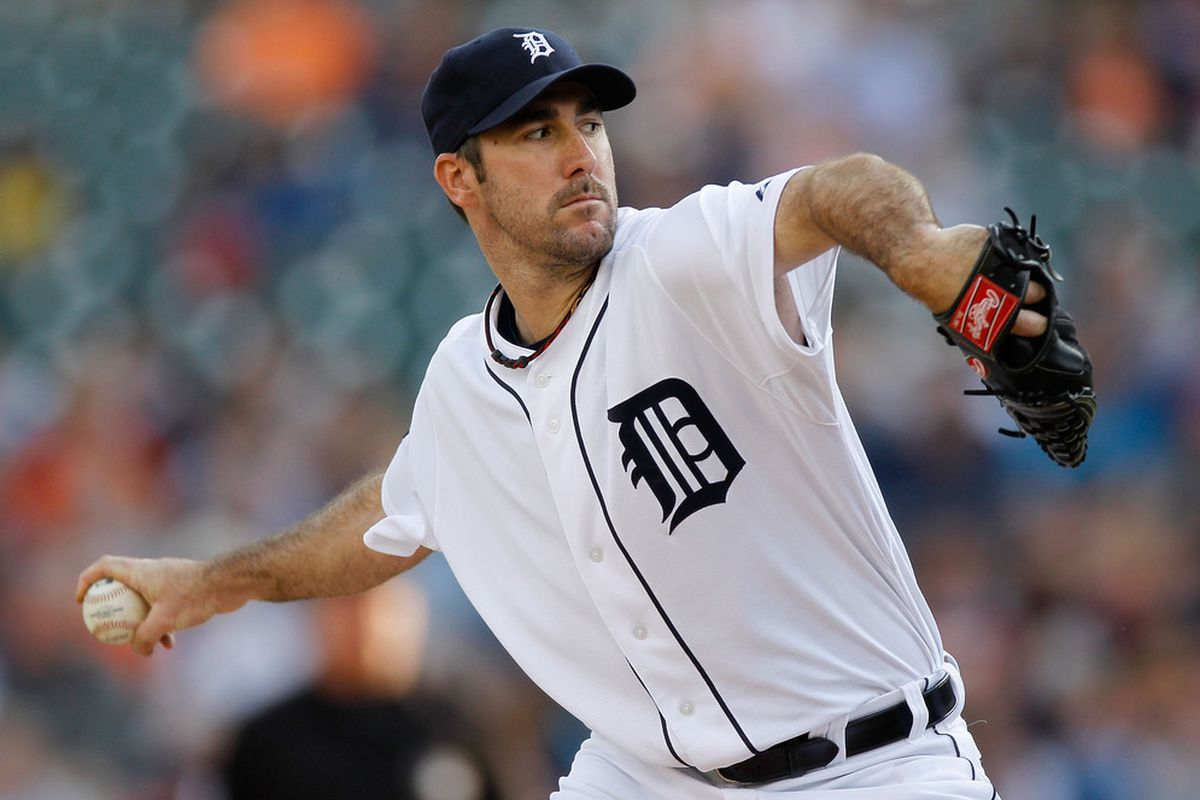 DETROIT, MI - JUNE 14: Justin Verlander #35 of the Detroit Tigers  throws a first inning pitch while playing the Cleveland Indians at Comerica Park on June 14, 2011 in Detroit, Michigan. (Photo by Gregory Shamus/Getty Images)