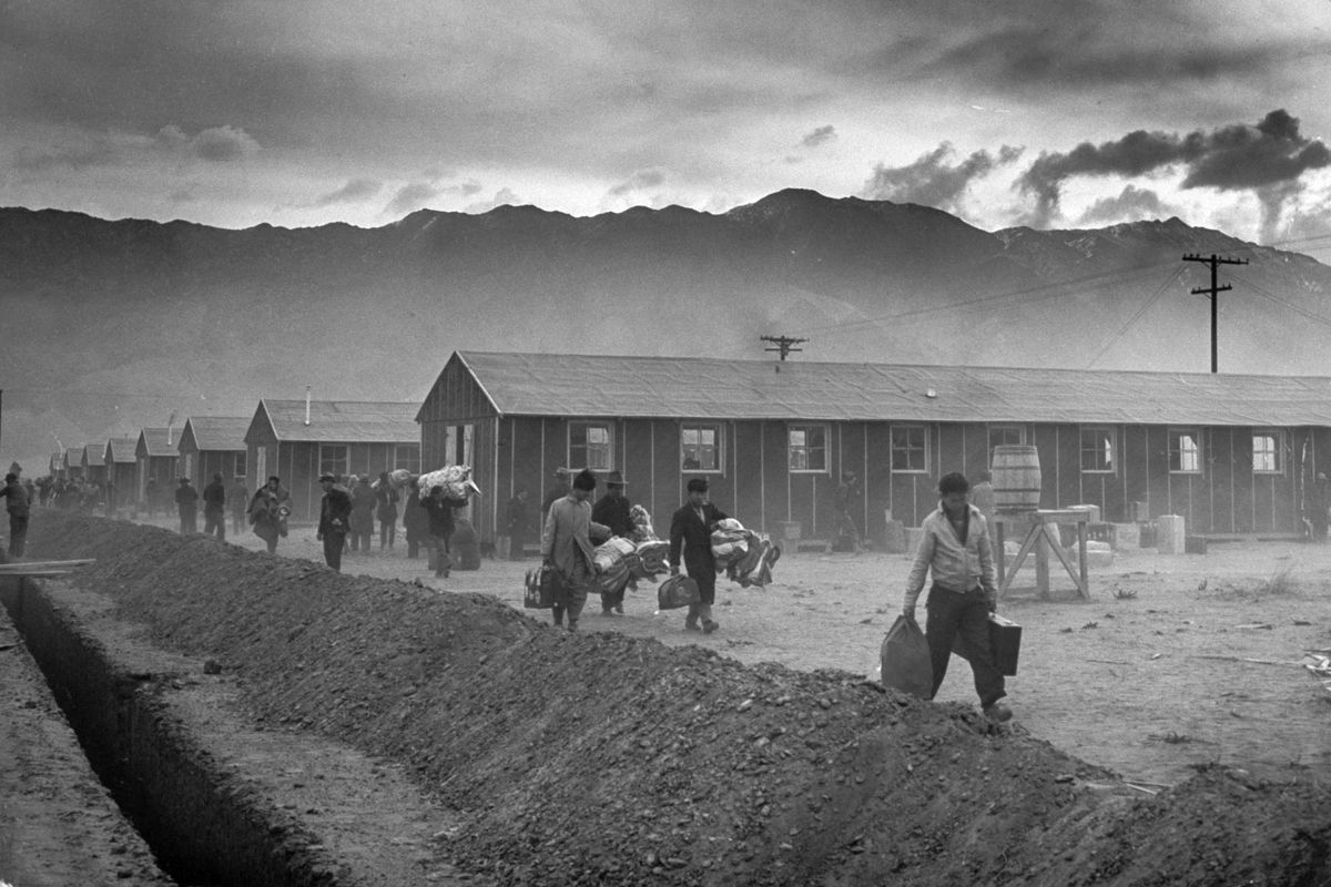 life of japanese americans in war relocation authority camps in arizona In the summer of 1943, tule lake relocation center received a designation from the war relocation authority that set it apart from the other nine japanese american internment camps in a dramatic fashion.