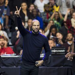 Common performs during a Get Out The Vote rally. | Ashlee Rezin/Sun-Times