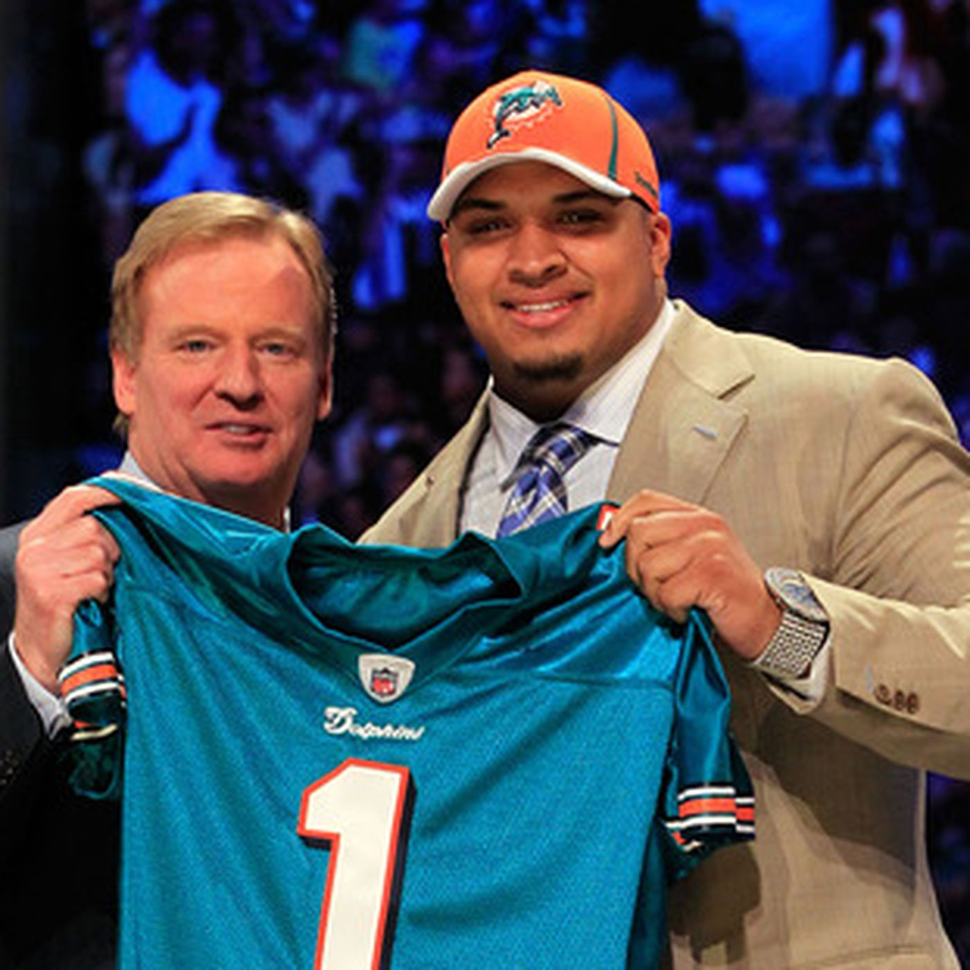 e2fa10f4ee5 A look at the 2014 Miami Dolphins draft hat and others over the years