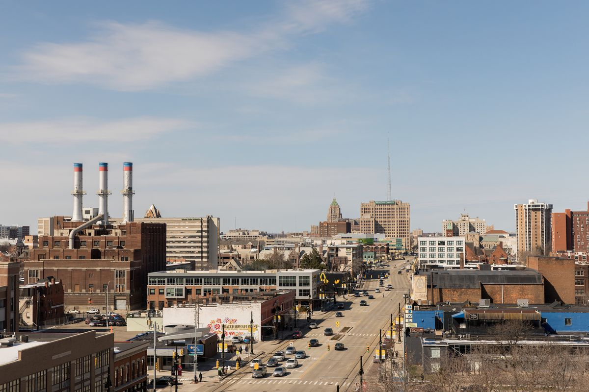 Aerial shot of Woodward Avenue facing towards New Center