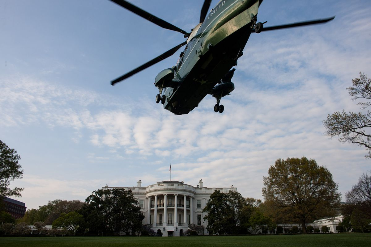 White House with helicopter   FLICKR